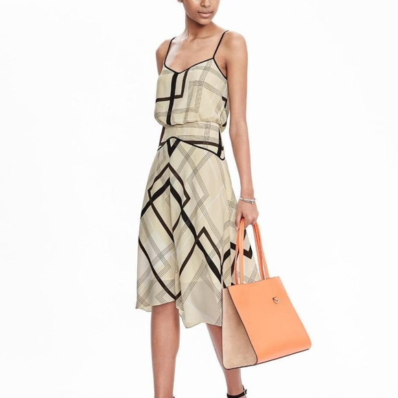 Banana Republic Dresses & Skirts - Banana Republic Midi Dress